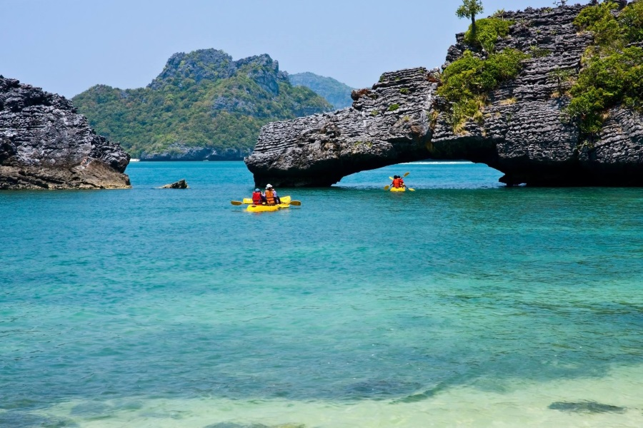 Full day speedboat tour to Angthong Marine Park, Koh Samui, Thailand