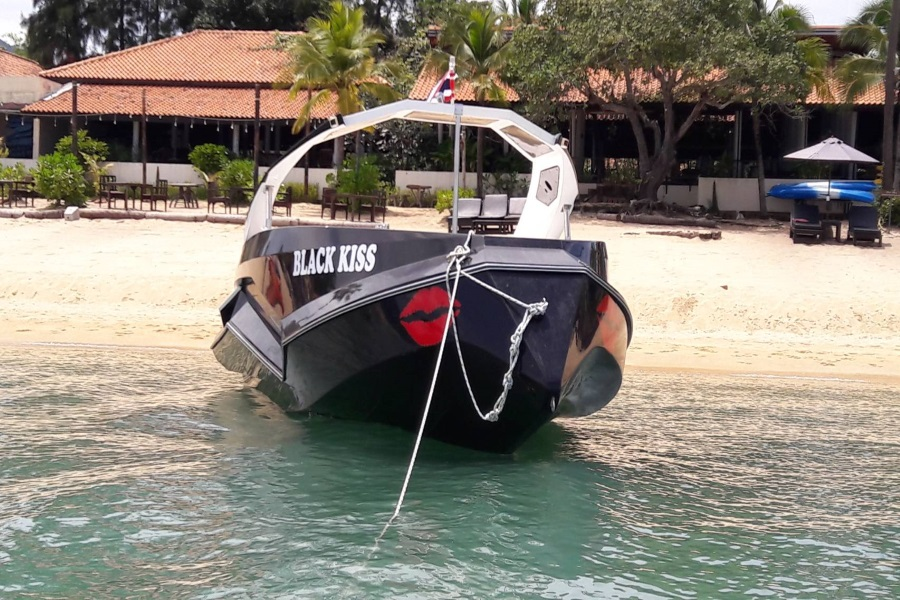 Private and group tours by stylish Black Kiss speedboat, Koh Samui, Thailand