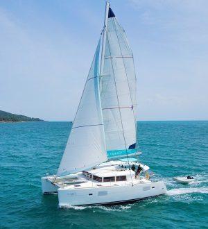 Catamaran Blue Coco