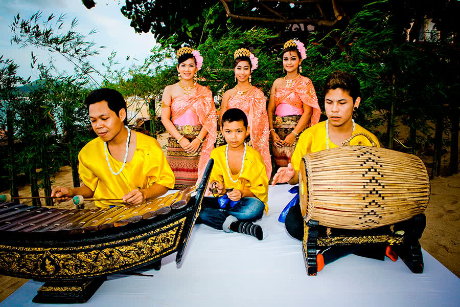 Dinner with traditional Thai dance show, Koh Samui, Thailand