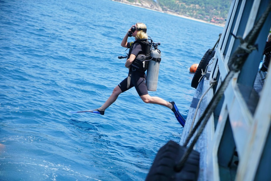 Diving tours on Big boat, Koh Samui, Thailand