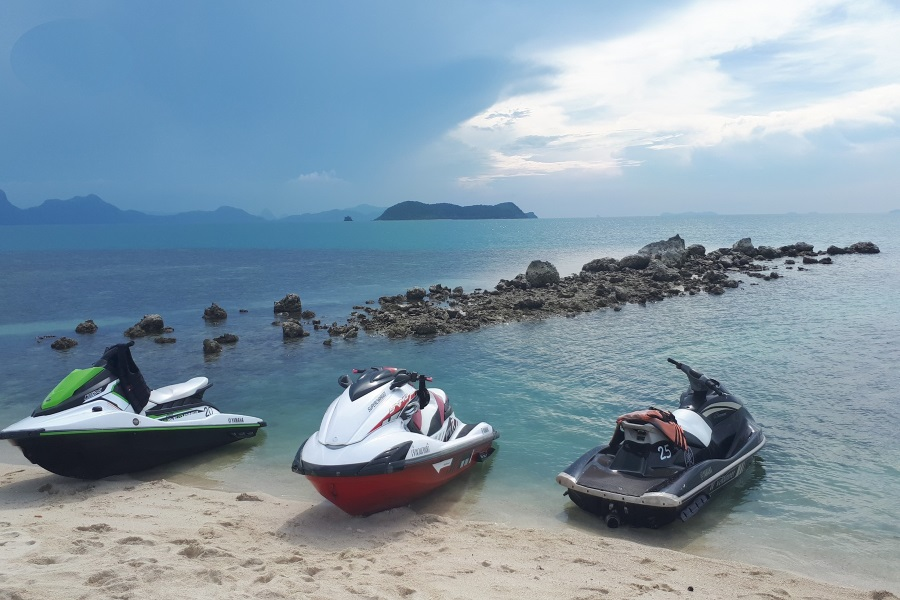 Jet ski adventure to the island of Koh Tan with spending the night in tents, Koh Samui, Thailand