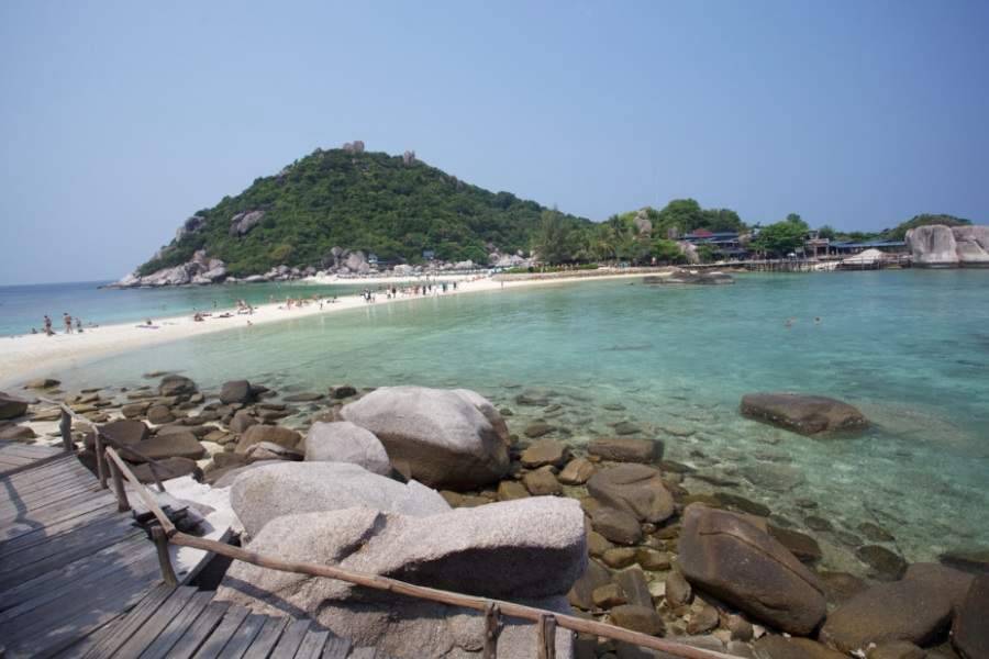 Romantic overnight at Koh Nang Yuan, Koh Samui, Thailand