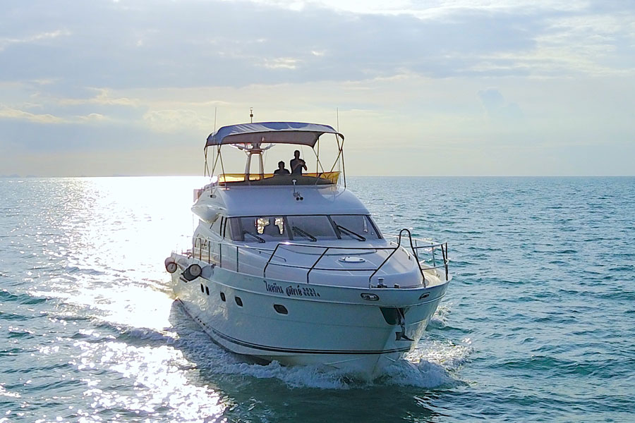 Luxury Yacht W Princess Yachts Tours On Koh Samui